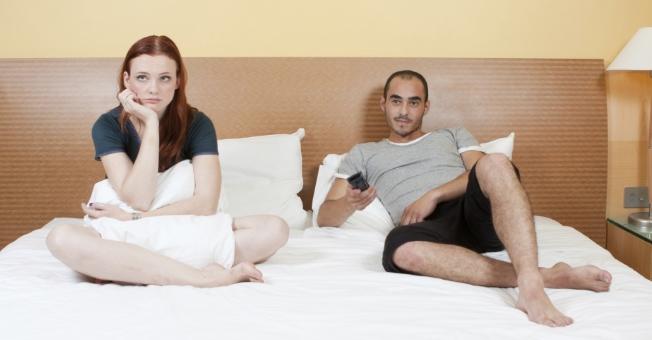 Дали овој податок ве изненадува? Еве колку често жените во брак водат љубов
