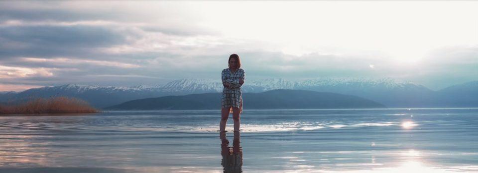 """Александра Јанева порачува – """"Се одбирам себе"""" (ВИДЕО)"""