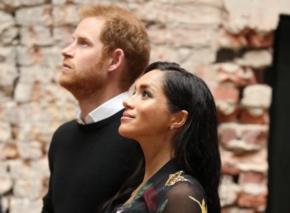И се испушти: Серена Вилијамс несакајќи го откри полот на бебето на Меган Маркл и принцот Хари