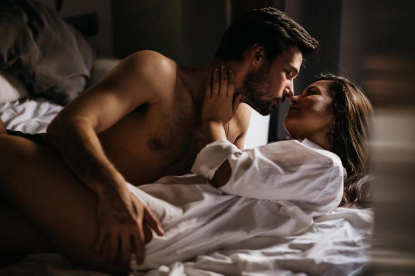 Непланиран, спонтан, страствен – Кој секс е најдобар?
