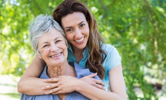 Се пожалила на бабата дека е изневерена, а нејзината мудрост и го променила погледот на животот