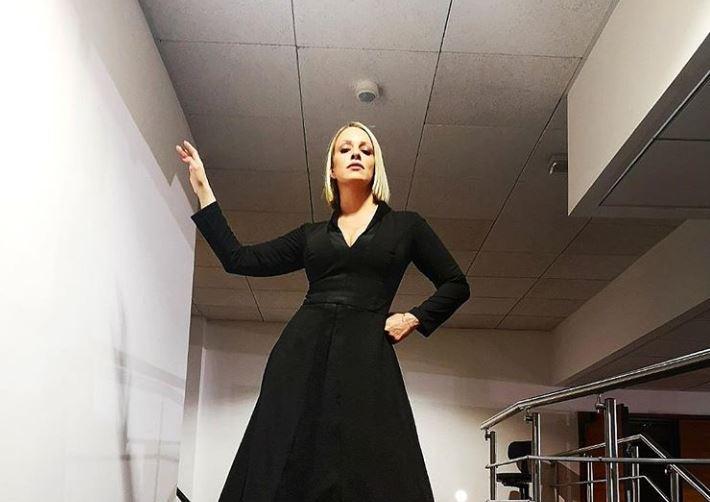 """Ќе се наежите: Тамара Тодевска ја сними акустичната верзија на """"Proud"""" – ова се коментарите (видео)"""