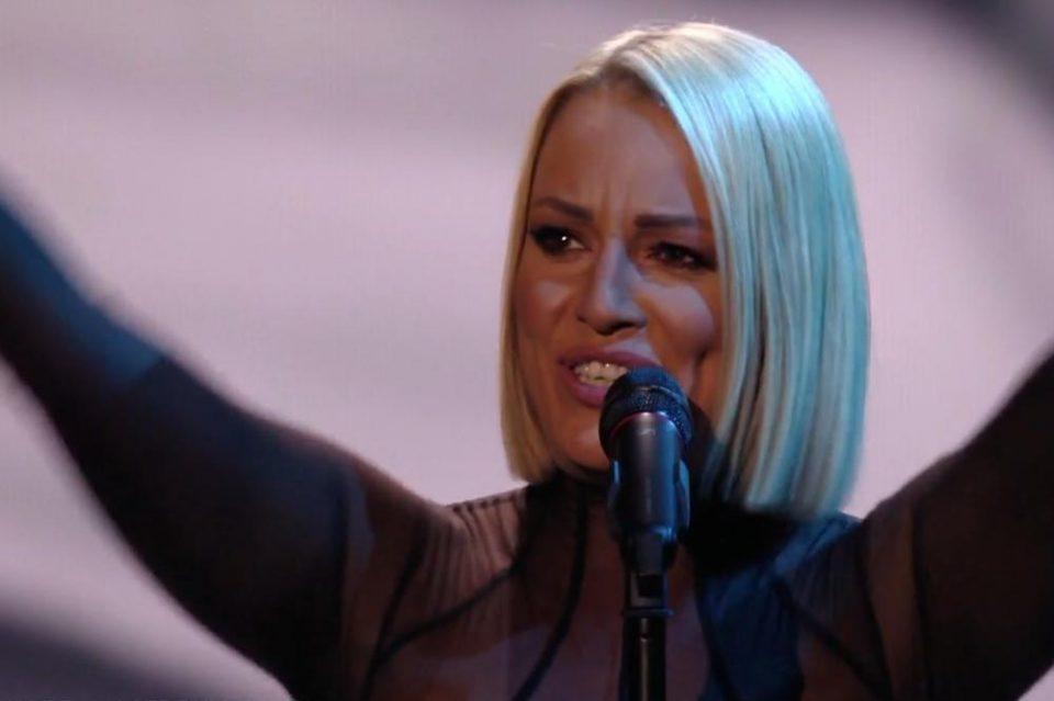 """""""Пееше со солзи во очите"""": Еве што пишуваат регионалните медиуми за настапот на Тамара на Евровизија"""