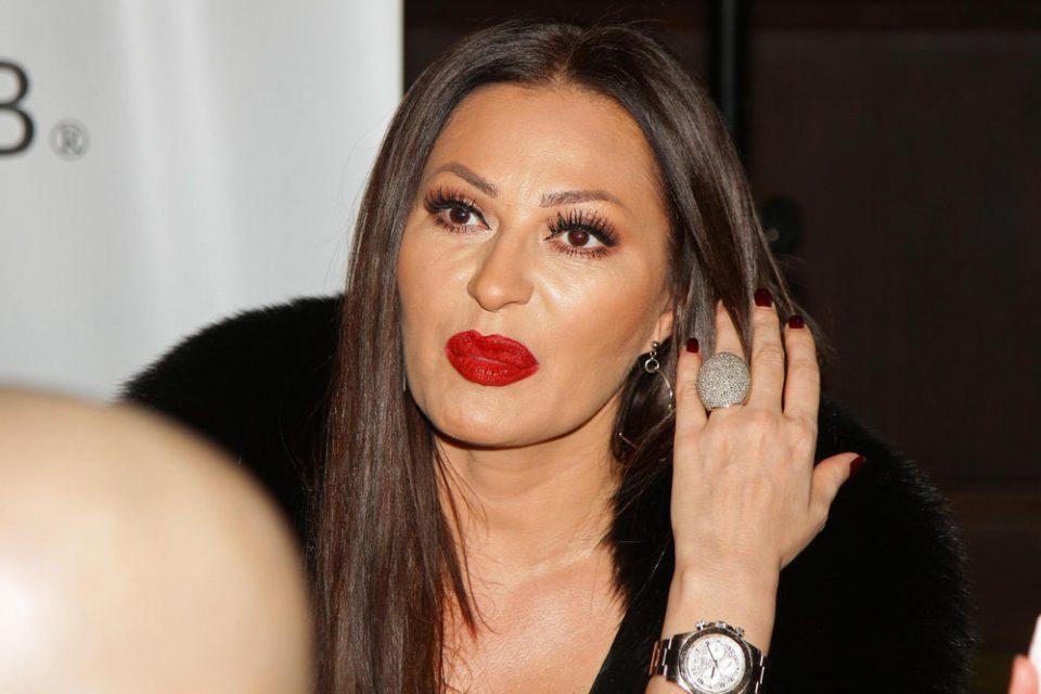 "Марина Туцаковиќ ""мртва пијана"" го напишала овој хит на Цеца Ражнатовиќ"