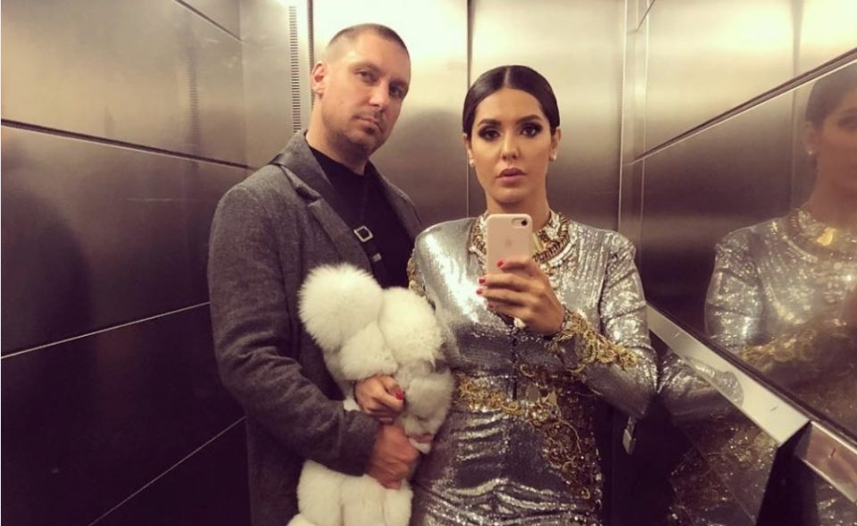 """Тања Савиќ пеела на свадбата на нејзината колешка, а сопругот """"полудел"""" зашто непознат маж не го тргнал погледот од неа, опсипувајќи ја со комплименти и богат бакшиш! (ФОТО)"""