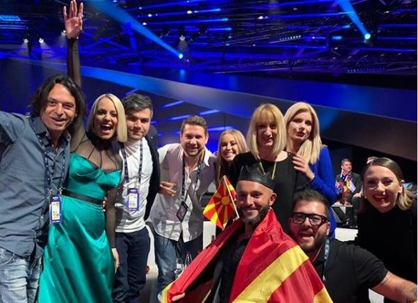 """Евровизиски поглед од зад """"шарениот политички витраж"""""""