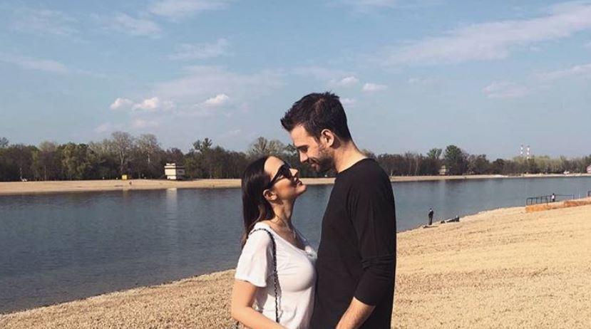 Пријовиќ одговори на гласините дека Филип Живојиновиќ ја изневерувал додека била бремена