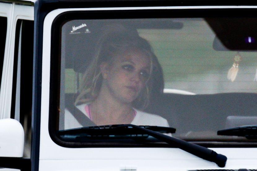 Мајката на Бритни Спирс очајна поради здравствената состојба на ќерката, од судот побарала да учествува во лекувањето