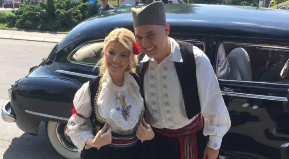 И таа меѓу цела српска естрада: Еве која македонска пејачка присуствуваше на свадбата кај Данијела Кариќ
