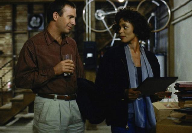 """Кевин Костнер откри голема тајна од легендарниот филм """"Телохранител"""" со Витни Хјустон"""