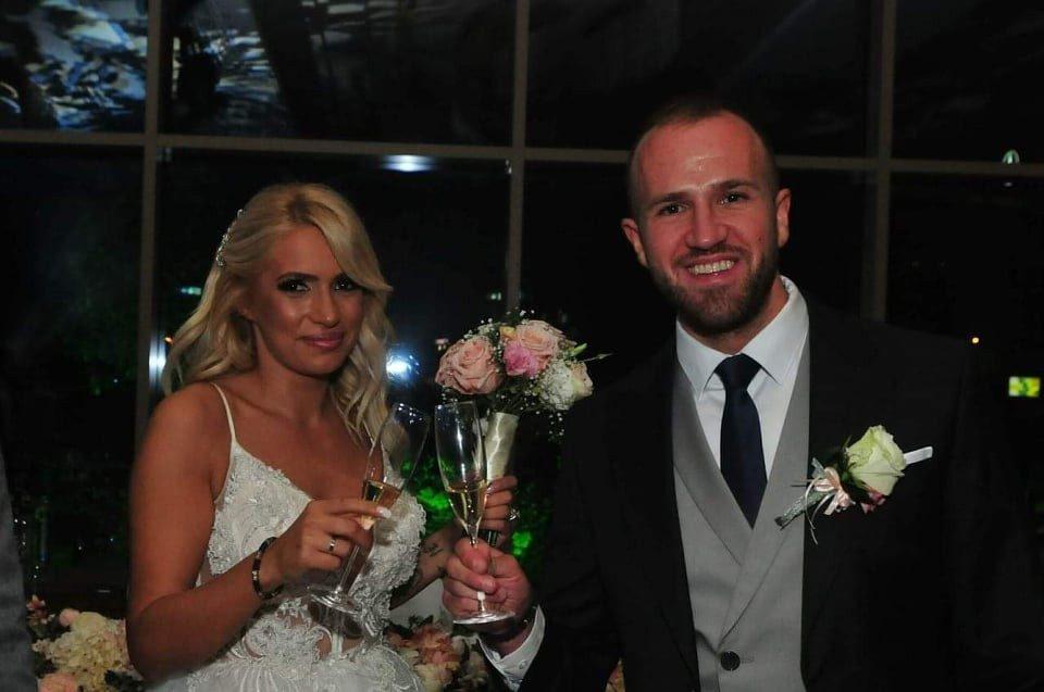 Естрадата на купче кај македонскиот менаџер: Од Чолиќ до Вучиќ кај Кико на свадба (ФОТО)