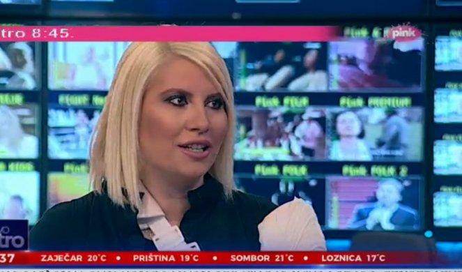 Водителката чија рака беше откината во сообраќајка се врати пред камерите, а кога во студиото дојде српскиот претседател, таа за малку не заплака (фото)