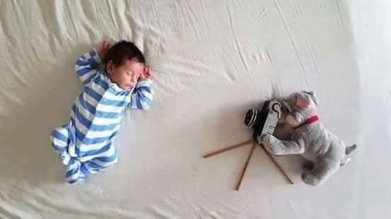 Креативни предлози како да направите фотосесија на вашето бебе во домот (фото)