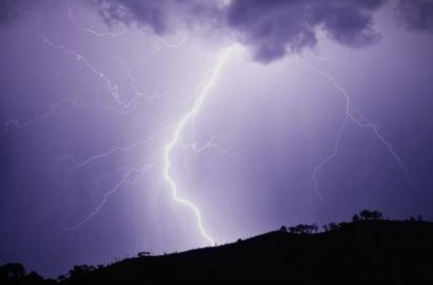 УХМР со вонредна временска прогноза- подгответе се за невреме во Македонија!