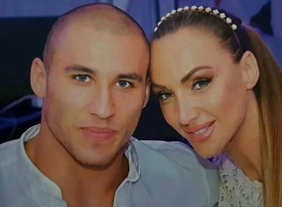 """Во екот на приказната дека Гога Секулиќ и сопругот се разделени, пејачката признава дека не им е сè """"под конец"""" во бракот"""