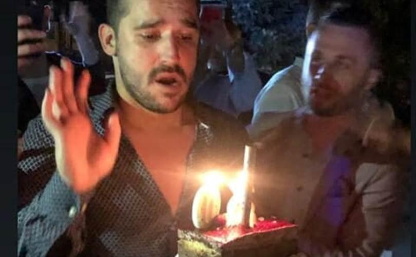 """Александрар Тарабунов се """"запали"""" од стомачната танчарка која му играше за роденден (фото)"""