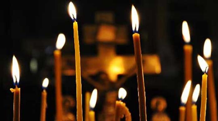 Задушница: Запалете свеќа и сетете се на оние кои повеќе не се со нас