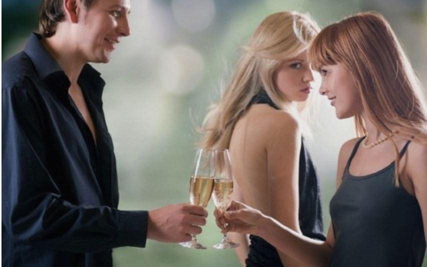 Туѓото е послатко: Зошто оженетите мажи се попривлечни од слободните?