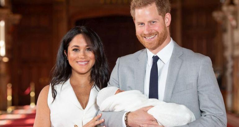 Ова е причината поради која кралицата Елизабета не се појави на крштевката кај синот на Меган Маркл и принцот Хари