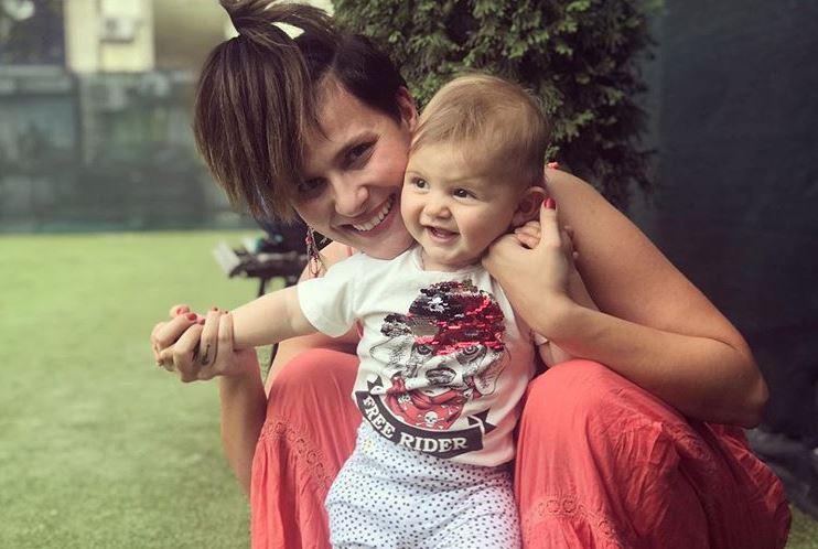 Димитар Атанасовски сподели дел од нивниот дом: Вака ќерката Илина реагира кога ќе ја види мама Сара на телевизија