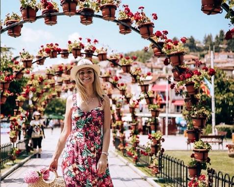 Прошетка низ светот со инстаграмџиката Сандра Кирков