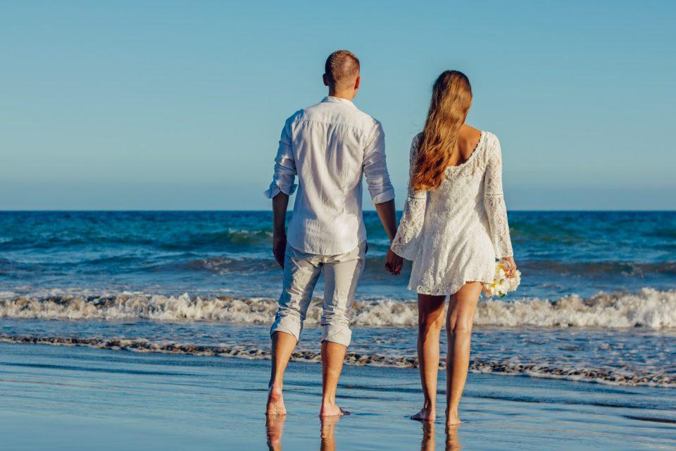 Секс на плажа: Што треба да знаете?