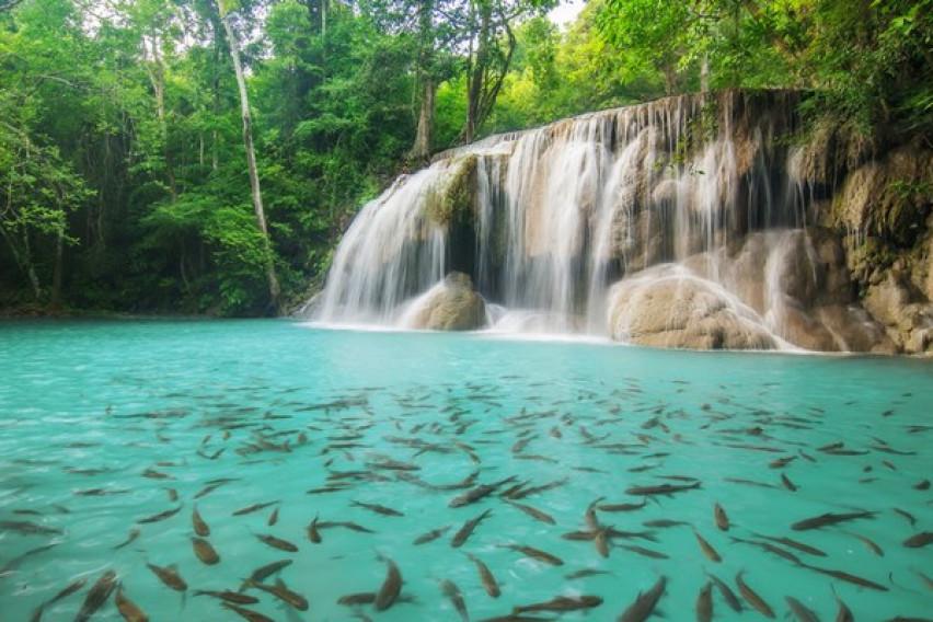 Нереални водопади кои го одземаат здивот со својата убавина (фото)