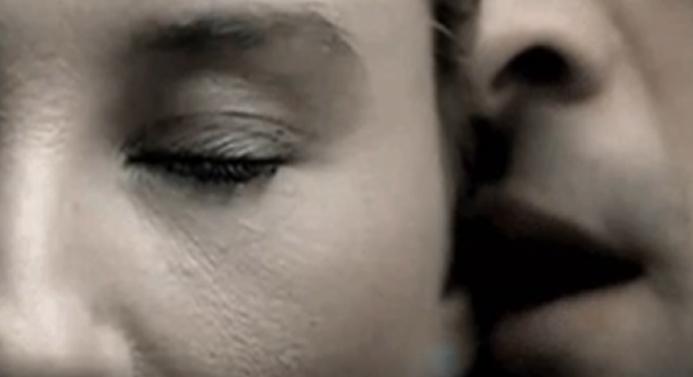 Еве што сакаат жените најмногу да им зборуваат мажите во текот на сексуалниот однос