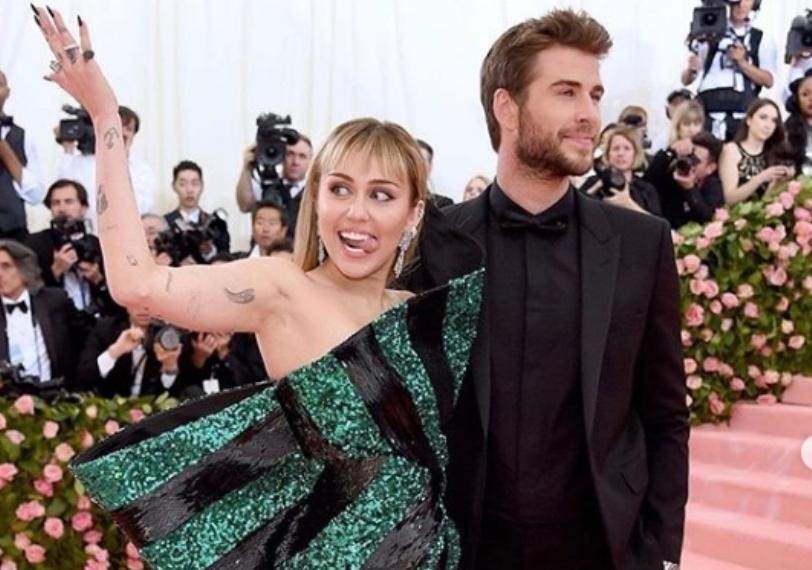 """""""Немате поим како сега се чувствувам"""": Познатиот актер проговори откако сопругата Мајли Сајрус го остави поради девојка!"""
