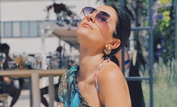 Јелена Спенџарска се пронајде себе си во љубовта… откако остана без неа! (ФОТО)