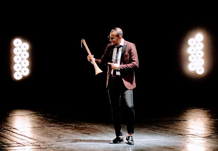 """Џељо Дестановски во кохезија со зурлата и кавалот сними видео за неговотоново оро """"Малеш"""" (ВИДЕО)"""