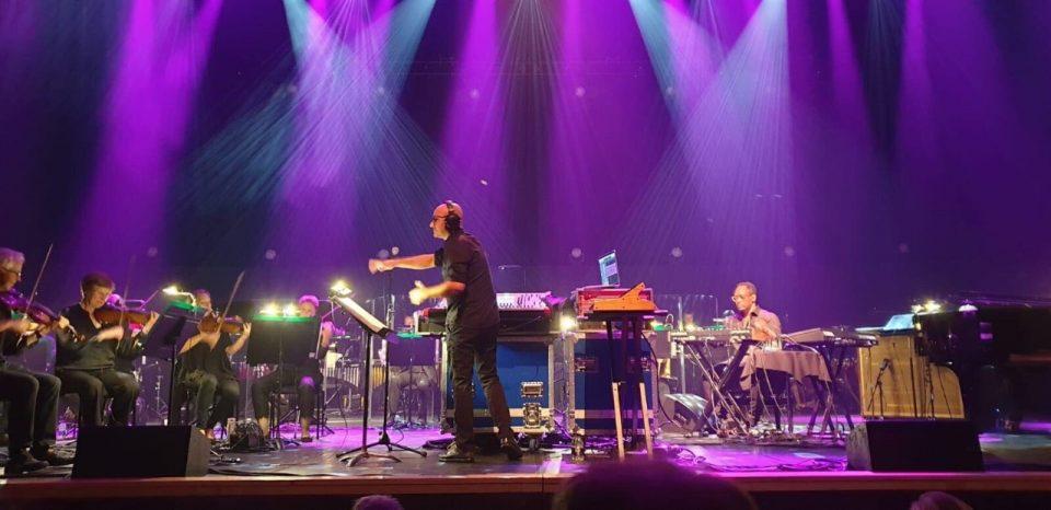"""Џијан Емин и Дерик Меј ја кренаа публиката на нозе во престижната """"Ројал Фестивал Хол"""""""