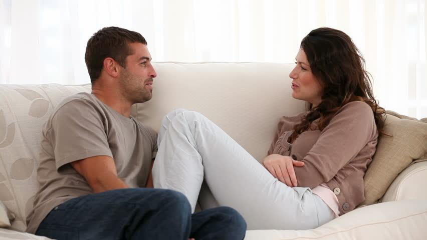 """Како да го """"натерате"""" партнерот да ве слуша?"""