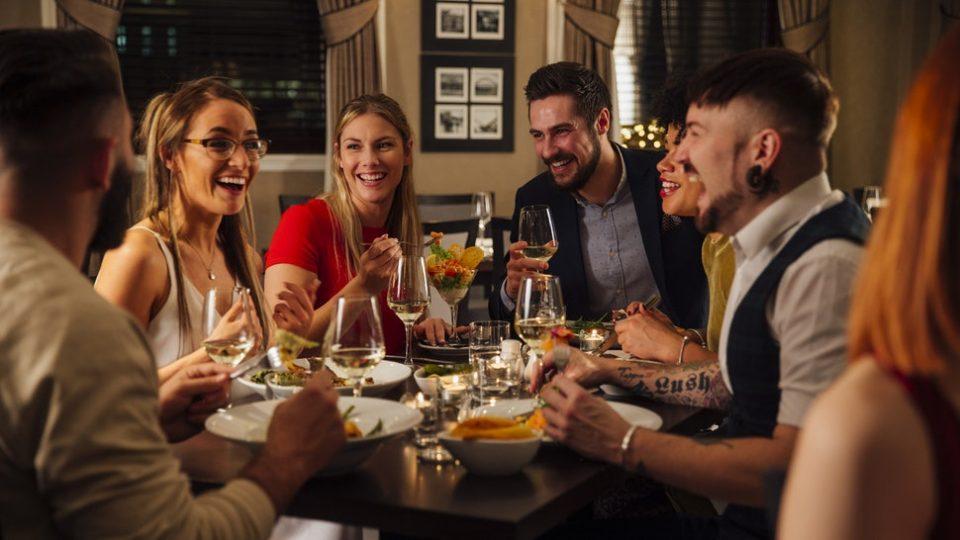 Љубовни врски: Со кого ве запозна прво кажува многу за вашата иднина