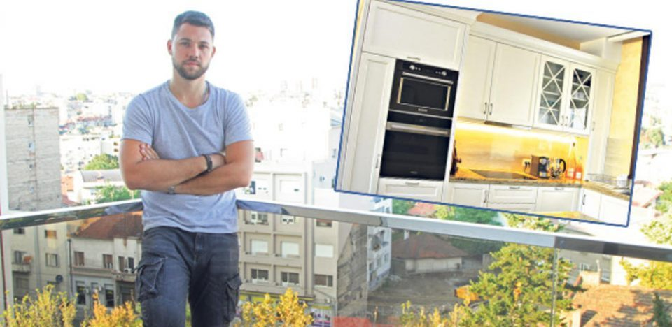 Едноставно и без премногу детали: Стефан Живојиновиќ ги отвори вратите на својот стан (фото)
