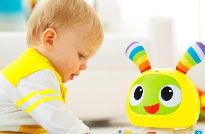 Што да подарите за првиот роденден на дете и притоа подарокот да биде навистина соодветен?
