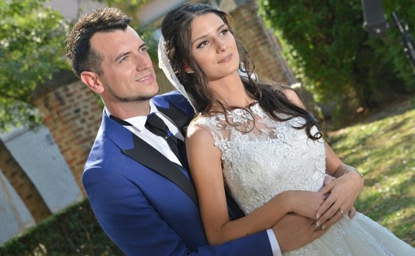 Александар Белов ги објави највозбудливите фотографии од свадбата, а напиша и емотивна порака за тазе сопругата (фото)