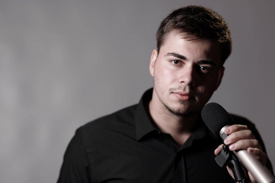 """Македонец ја препеа """"Пијеш сине"""" од Џенан Лончаревиќ"""