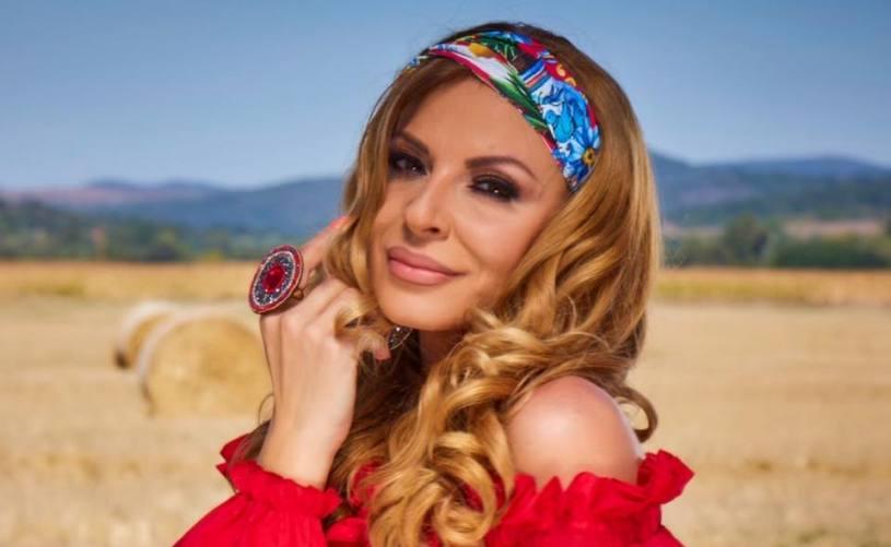 Елена Велевска е меѓу ретките – таа не ги крие годините, туку гордо ги кажува!