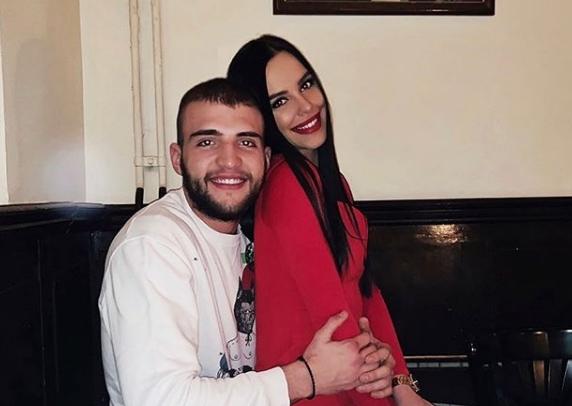 Подготовките во полн ек: Богдана ќе ја носи венчаницата на свекрвата Цеца стара 25 години