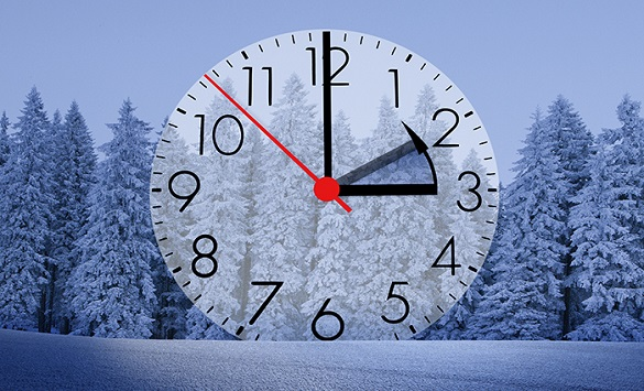 Викендов започнува зимското сметање на времето: Еден час подолг сон!