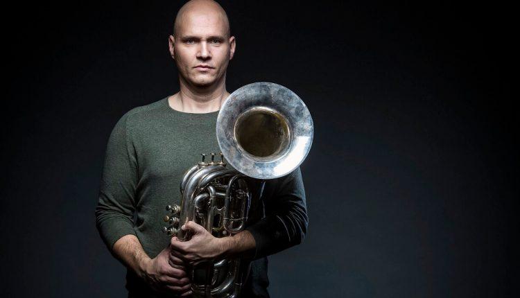 """""""Бранч енд бас"""" – пладневен концерт на унгарскиот мајстор на труба Роланд Сентпали во """"Македонската филхармонија"""""""