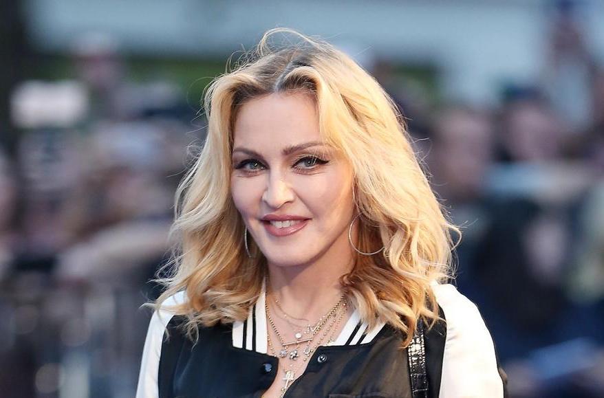 Ќерката на Мадона порасна во вистинска убавица: Лурд Марија на плажа ги собра сите погледи (фото)