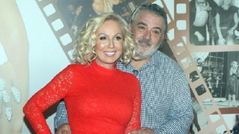 Брена и Боба добиваат честитки од сите страни: Голема прослава во домот на Живојиновиќ