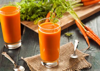 Победете ја кашлицата со морков и мед