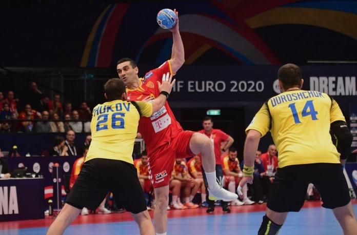 Браво мајстори: Кирил Лазаров погоди со звукот на сирената против Украина, Македонија со победа стартуваше на ЕП во ракомет