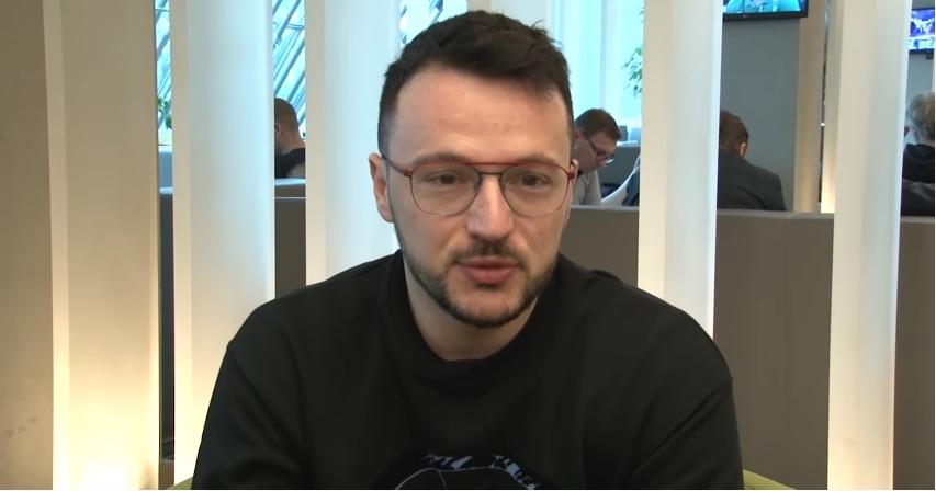 """Влатко Лозаноски: """"Политиката нека си остане на политичарите, јас не држам ничија страна, туку само го кажав тоа што го чувствувам!"""" (ВИДЕО)"""
