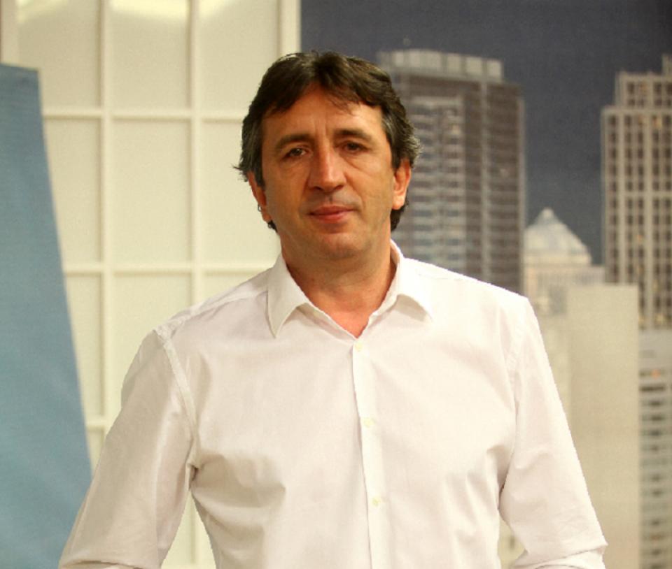 """Полиција упадна во станот на Жика Јакшиќ: """"Жал ми е ако некој се почувствувал непријатно"""""""