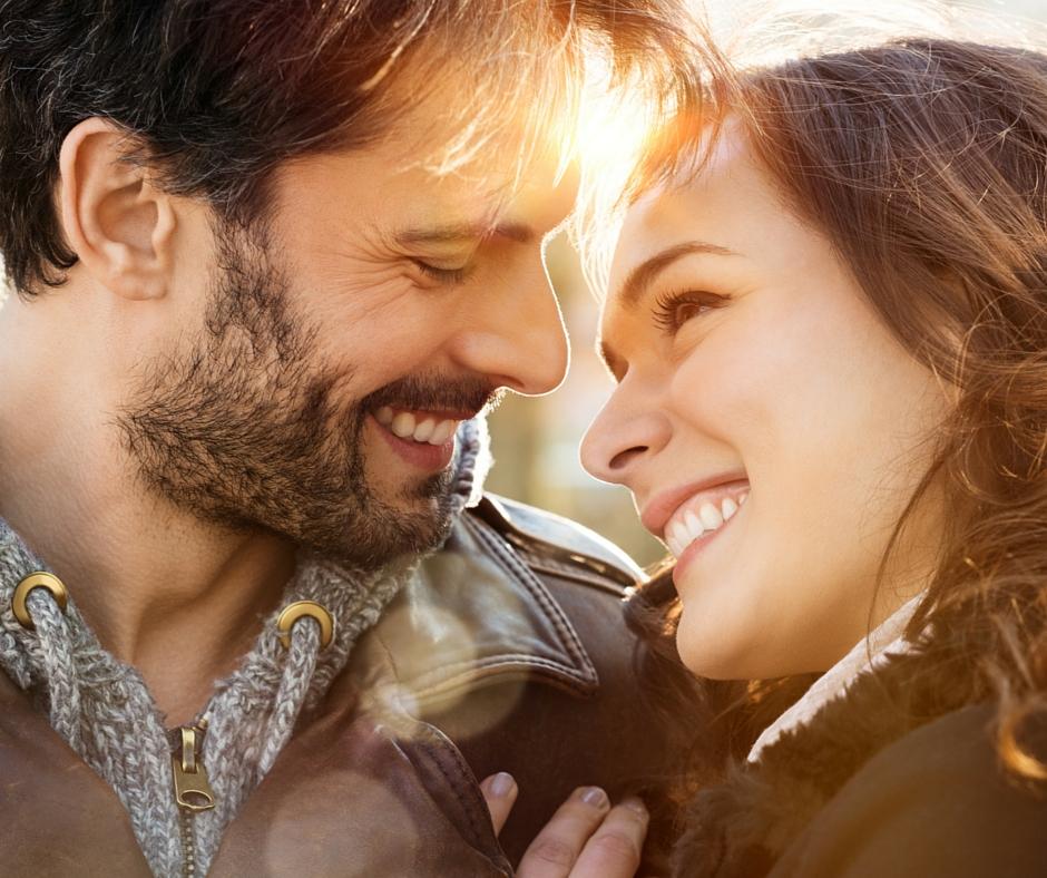 Шест хороскопски знаци кои имаат најголема среќа во љубовта