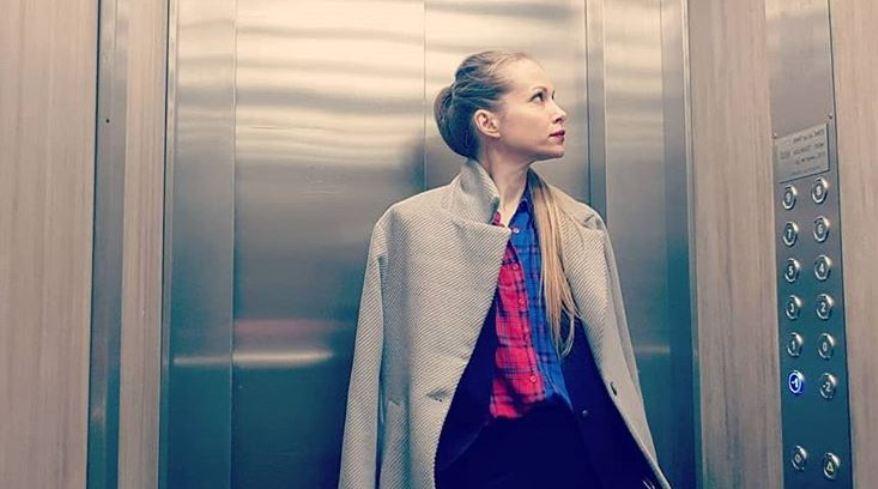 Со кого Снеже Велков би се заглавила во лифт?